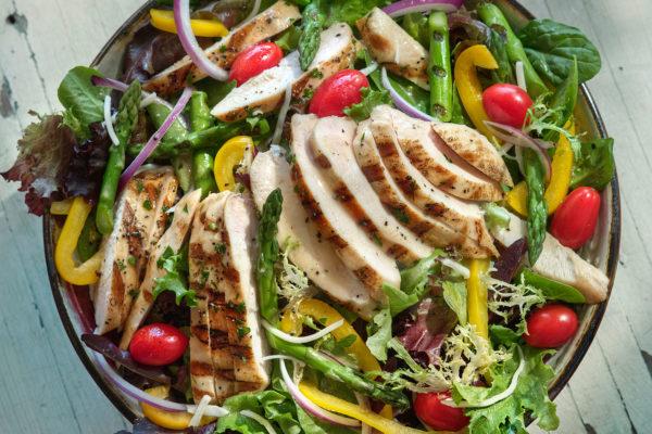 grilled-chicken-salad-header